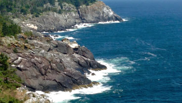 ocean cliffs in boothbay harbor