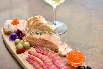topside Inn in Boothbay Harbor, Maine. 2018 Afternoon menu items. All images created by Liz Davenport of Convinced Photography. www.convincedphotography.com