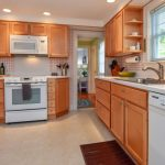 Bright airy kitchen with all the modern conveniences