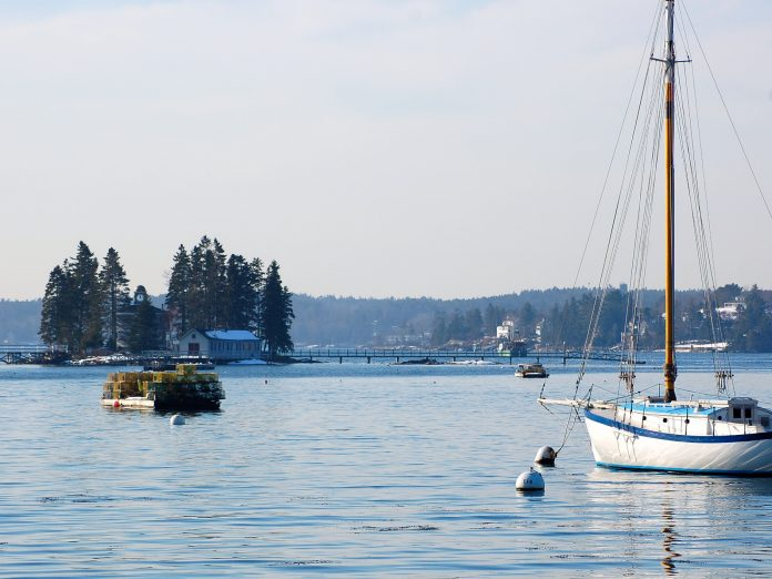 Check out our tips for your packing list for Maine in Spring!